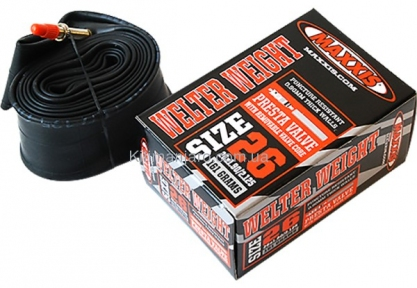 Камера Maxxis Welter Weight (IB24422000) 20x1.00/1.25 FV (4717784027838)